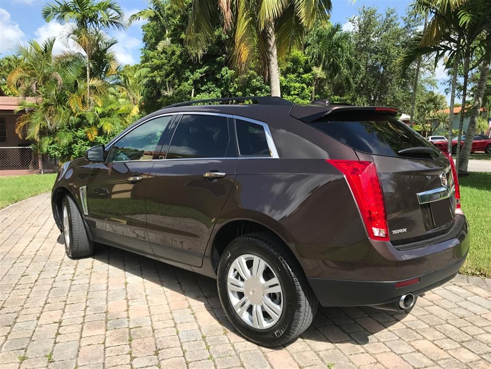 Cadillac SRX Car Lease in Miami Springs